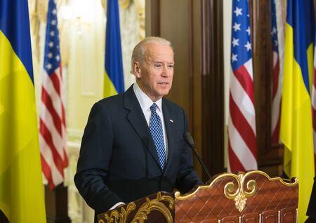 KIEV, UKRAINE - Dec 07, 2015: Vice president of USA Joe Biden during an official visit to Kiev, Ukraine Éditoriale