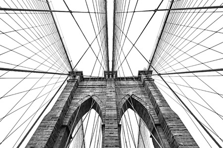 New York, USA. Black and white image of Brooklyn bridge Standard-Bild