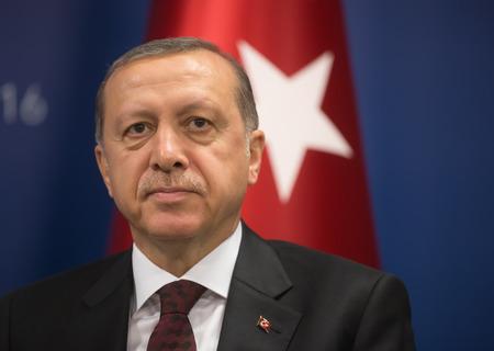 Istanbul, Turkije - 23 mei 2016: Turkse president Recep Tayyip Erdogan tijdens de World Humanitarian-top in Istanbul