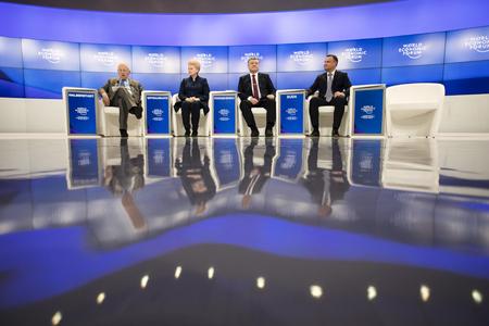 DAVOS, SWITZERLAND - Jan 26, 2018: President of Poland Andrzej Duda, President of Lithuania Dalia Grybauskaite and President of Ukraine Petro Poroshenko at World Economic Forum Annual Meeting in Davos 報道画像