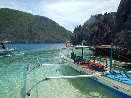 palawan: The Matinloc Shrine dock in El Nido Palawan