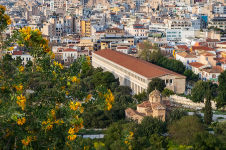 View of the Stoa of Attalos from the hill of the Acropolis, Athens, Greece. Banque d'images