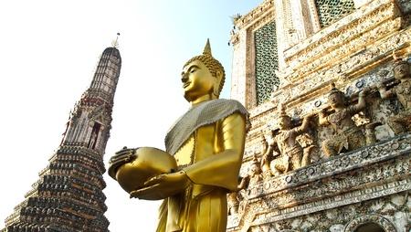 Bhudda statue Arunrajwararam, Thailand