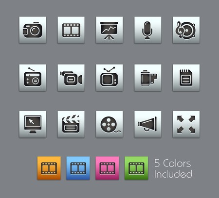 vcr: Multimedia  It includes 5 colors in different layers.