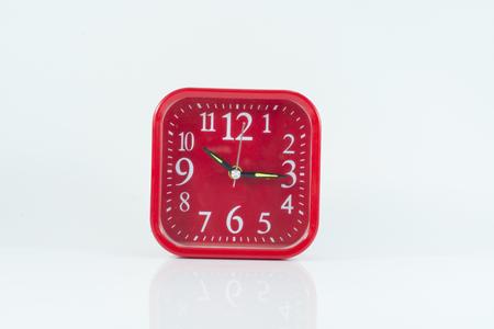 Red cloack Alarm zu isolieren, auf dem weißen Hintergrund. Standard-Bild - 47286431