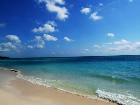 especially: Here is a pristine ivory sandy beach shoreline in a tropical paradise destination.  Wouldnt you love to call this tropical beach destination home, especially during the cold winter months?  Wouldnt it be great to travel there for a summer vacation?