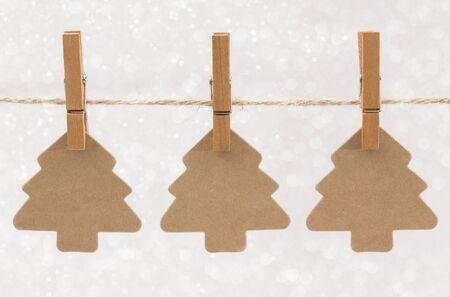 꼬임 선에 크리스마스 나무