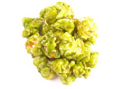 Lime Flavored Popcorn on a White Background Фото со стока - 122562697