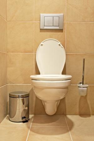 Toilet Standard-Bild