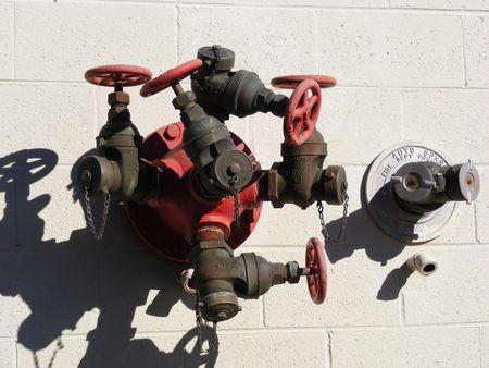 borne fontaine: Bouche d'incendie et extincteurs automatiques � eau