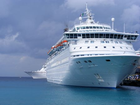 liner: Cruise Ships