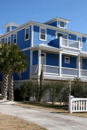 beach front: Blue Beach front Home