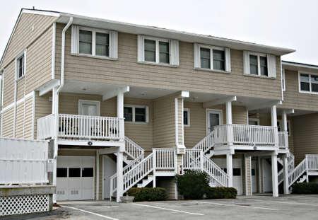 duplex: Town homes With Garage