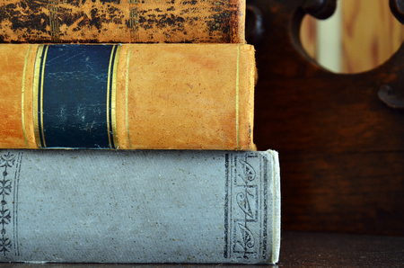 book binding: An image of a stack of old used books.