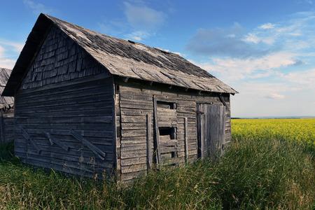 단일 오래 된 곡물 창고