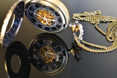アンティークゴールドの懐中時計 写真素材