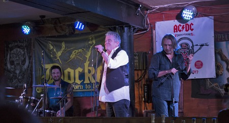 docker: Kiev, Ukraine. 09th October, 2016. Dan McCafferty, singer and ex-frontman of the Scottish rock band Nazareth, celebrates his 70th Anniversary at Birthday Party in Docker Pub in Kiev, Ukraine, on 09 October, 2016. Dan McCafferty is a Scottish vocalist, bes Editorial