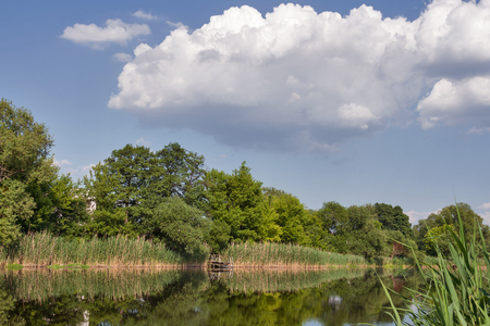Quiet Ros river and blue sky with clouds in summer, Ukraine Banco de Imagens