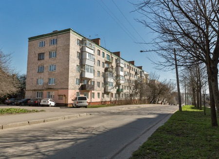 ROVNO, UKRAINE - APRIL 09, 2018: Old typical residential five storey Khrushchyovka house. It is an unofficial name of a type of low-cost apartment building which was developed in the Soviet Union. 에디토리얼