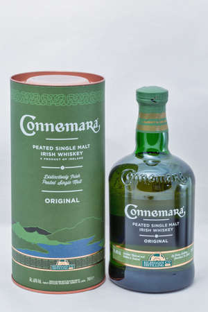 KIEV, UKRAINE - DECEMBER 25, 2018: Connemara peated single malt Irish Whisky bottle and box closeup. The Kilbeggan distillery was founded in 1757. Éditoriale
