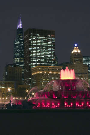 Buckingham fountain in Chicago downtown at night, Illinois