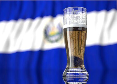 bandera de el salvador: un vaso de cerveza realista frente a una bandera salvadoreña. Ilustración de la representación 3D.