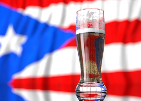 puerto rican: 3d realistic illustration of a glass of beer in front of a blurred Puerto rican  flag Stock Photo
