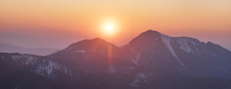 Polish and Slovak Tatras in the spring and winter are beautiful, the glaciers and rocky peaks are similar to the Alps and the Caucasus and are very popular with climbers. 版權商用圖片