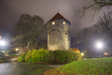 Tallinn, Estonia is known for the fortresses and towers of defenses and stone, beautiful and formidable in their time. Now they attract tourists and travelers 報道画像