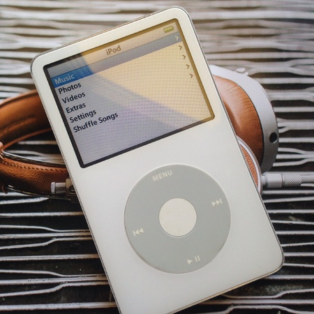 gadget: Cool ipod and vintage gadget