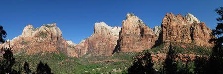 Corte dei Patriarchi nel Parco Nazionale di Zion, Utah con Abramo, di Isacco, il Monte Moroni, Picchi e Giacobbe. Archivio Fotografico