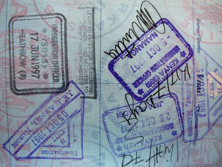 passport stamps from Kenya and Great Britain on passport page Zdjęcie Seryjne