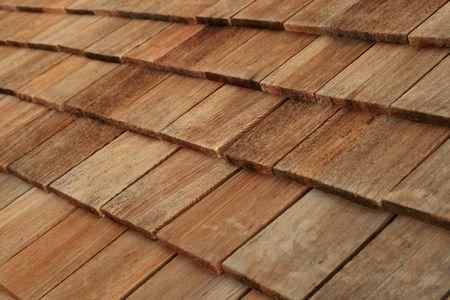 Diagonal dettaglio tetto di scandole di legno marrone Archivio Fotografico