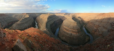 incised meanders of the goosenecks of the San Juan River Stock Photo - 7912704