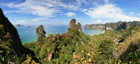 rai lay: panorama of the Railay peninsula, Krabi, Thailand, from a high overlook Stock Photo