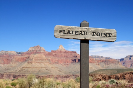 plateau point: Plateau Point trail sign in the Grand Canyon Stock Photo