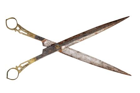 antique scissors: fantasia di ottone e acciaio forbici antichi isolato su sfondo bianco