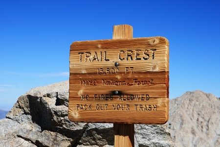 Trail Crest sign at thirteen thousand six hundred feet on the way up Mount Whitney Stock Photo - 11731425