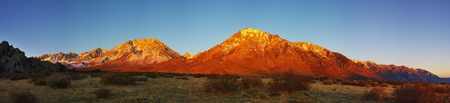mount tom: Eastern sierra nevada mountain sunrise panorama from the buttermilks