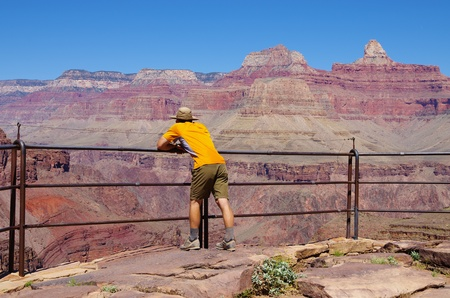 plateau point: a man on the Plateau Point overlook in the Grand Canyon Stock Photo