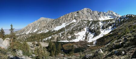 onion valley: Panorama of Lower Pothole Lake and University Peak in Onion Valley in the Sierra Nevada Mountains