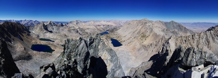 john muir wilderness: mountain top panorama from the summit of Dragon Peak looking over mountain lakes Stock Photo