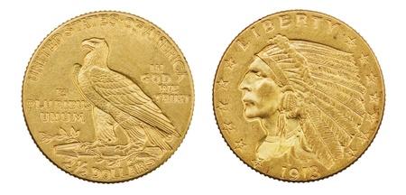gouden adelaar twee en een halve dollar 1913 Amerikaanse munt met Indisch hoofd op een witte achtergrond