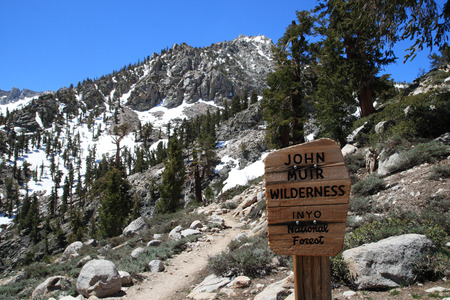 muir: sign entering the John Muir Wilderness in Onion Valley Stock Photo