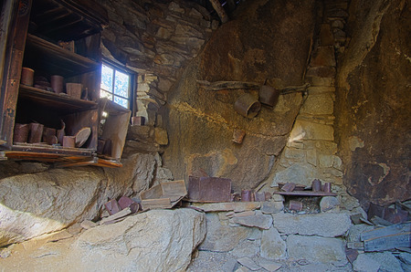 joshua tree: HDR image of a miner cabin built under rocks at the Eagle Cliff Mine in Joshua Tree National Park