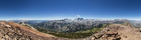 mammoth lakes: panorama of the Sierra Nevada and Minaret ridge from the San Joaquin summit