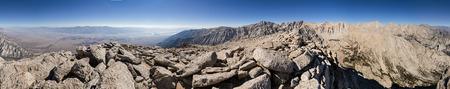 lone pine: Panorama de 360 ??grados de la monta�a desde la cima del Pico solitario del pino
