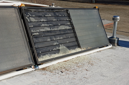 solar thermal collector with broken glass panel