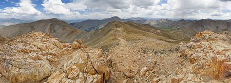サワッチ山脈のコロラド州のマウント ベルフォードの頂上からのパノラマ