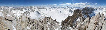 a snowy panorama from the top of Mount Dade in the Sierra Nevada Mountains of California Banco de Imagens